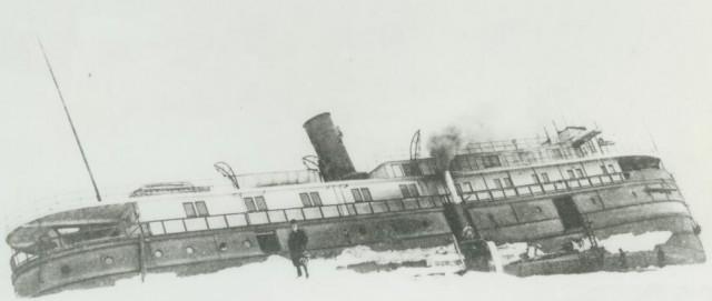 Argo in Ice-Holland 1905