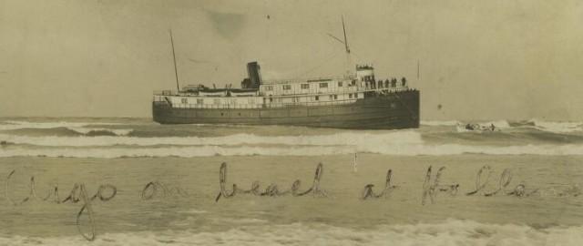 Argo on beach- Holland 1905